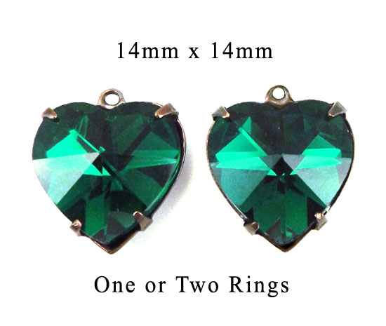 emerald glass heart pendant and earring jewels