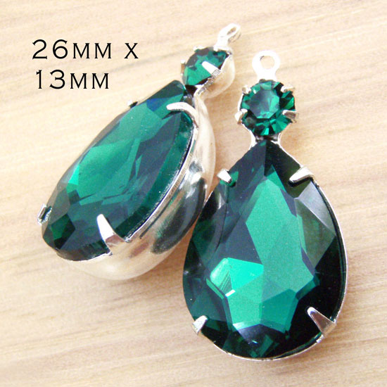 emerald green teardrop glass jewels