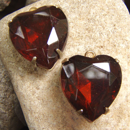 Garnet Hearts - Vintage Glass Jewels