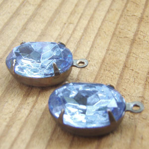 Light Sapphire Vintage Glass Rhinestone Jewels - Ovals