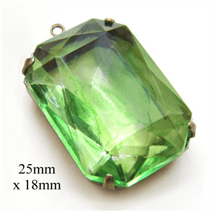 peridot green glass octagon pendant jewel