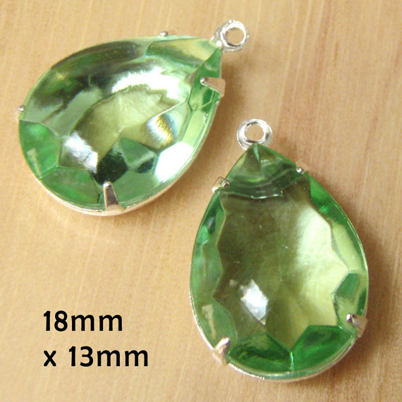 peridot green vintage glass teardrops measure 18x13mm