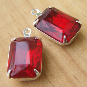 Ruby Vintage Glass Rhinestone Jewels - Octagons