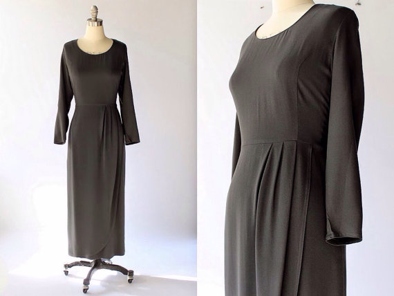 vintage gray dress from Cocovintages boutique
