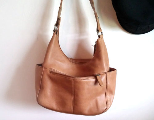 vintage tan leather bag at Rocky Springs Vintage