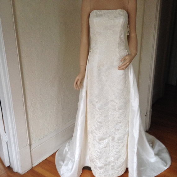 vintage white wedding gown from Vics Vintage Closet